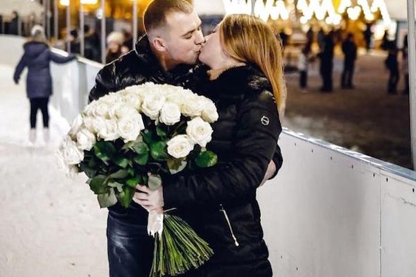 Романтичне освідчення на тернопільській ковзанці (Відео)