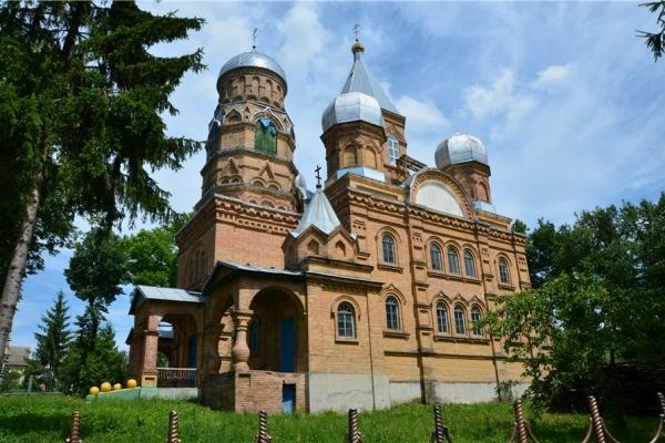 На Шумщині – церковний скандал (Відео)