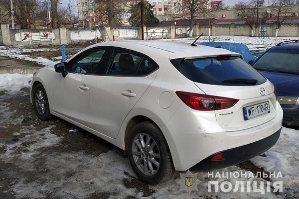 На Тернопільщині поліцейські знайшли дві крадені автівки