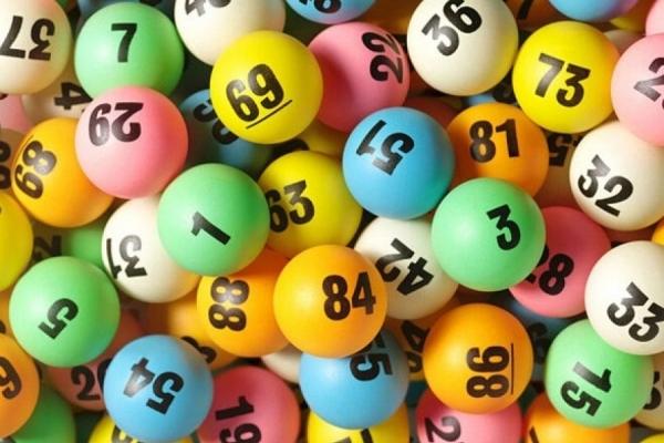 На Тернопільщині придбали щасливий лотерейний квиток, який приніс виграш у півмільйона гривень