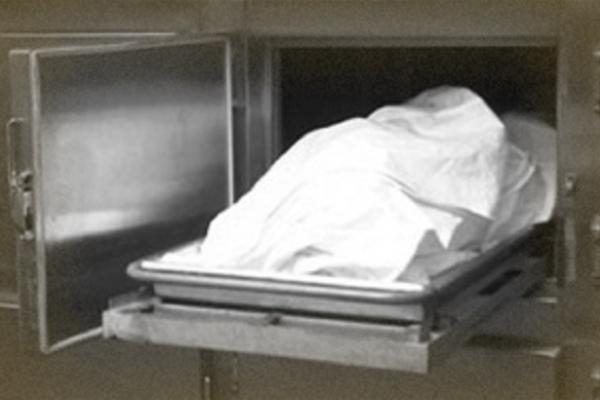 В одній із квартир Тернополя знайшли тіло чоловіка, який пролежав мертвим понад рік