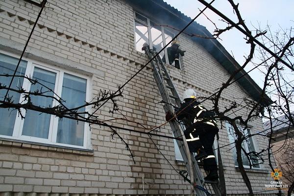 Біля Тернополя горів приватний будинок