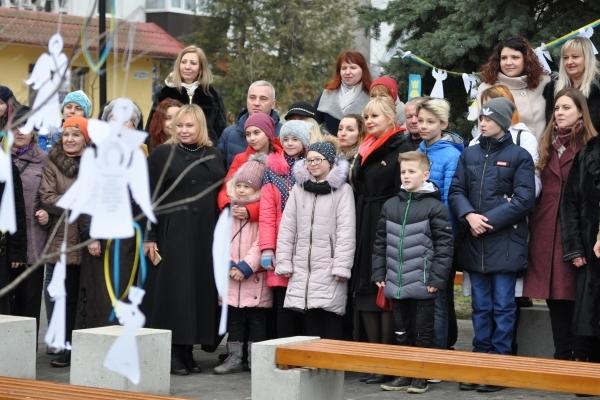 Тернопіль підтримав Всеукраїнську акцію «Ангели пам'яті» (Фоторепортаж)