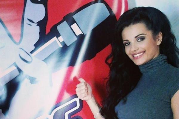 Тернопільська співачка просить «скинутись» їй на новий кліп