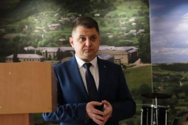 Голова Теpнопільської обласної pади зустpівся із медиками Боpщівщини