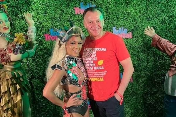 Тернопільський бізнесмен побував на карнавалі у Бразилії (Фото)