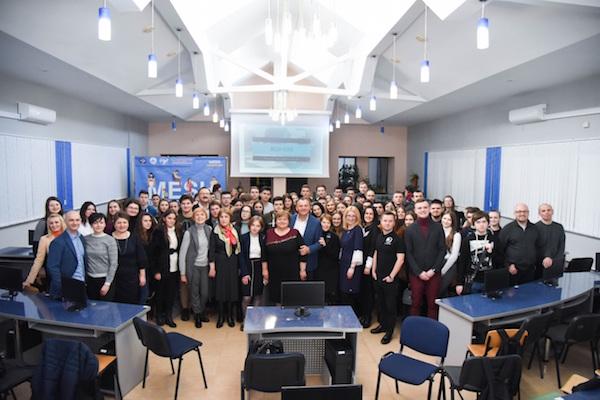 Презентація бізнес-курсу «MESH» для студентів