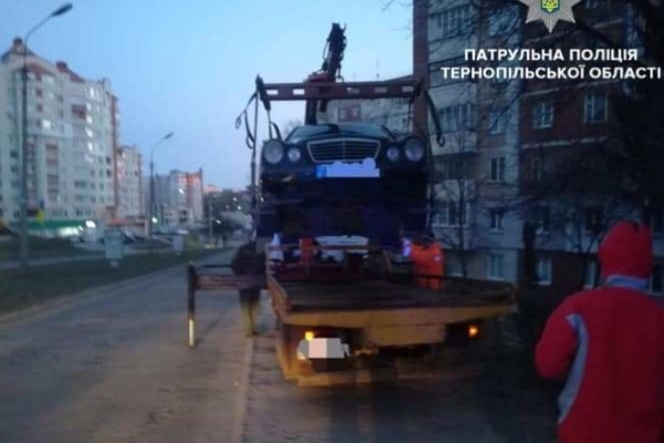 Після спілкування з поліцієї тернополянин позбувся автівки