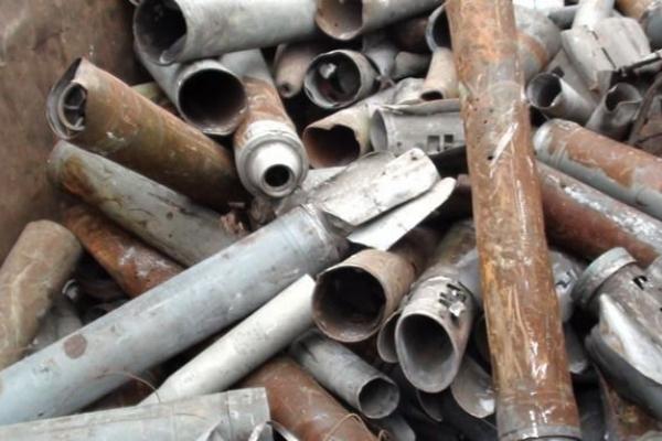 Гроші в трубу. Житель Збаращини вкрав металеву опору з мосту, щоб здати на метал