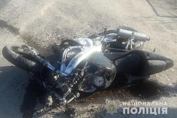 ДТП на Чортківщині, мотоцикліст втік, залишивши свою травмовану пасажирку