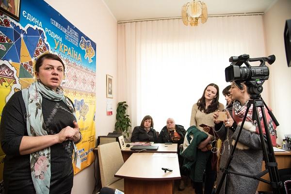 Родини загиблих в АТО звернулися до жителів Тернопільщини: Голосуйте не зі злості і не всупереч всьому. Голосуйте, щоб підтримати Україну (Відео)