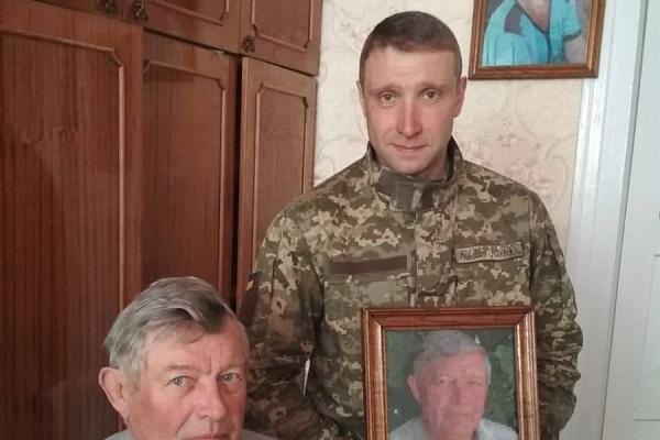 Військовий з Тернопільщини вишив портрети своїх батьків