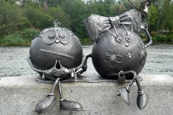 Цікава Україна: 10 пам'ятників, які варто побачити на власні очі