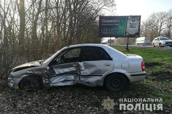 У Тернопільському районі зіткнулися два автомобілі