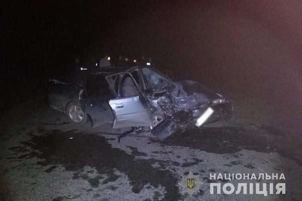 У Прошові зіткнулися поліцейське авто й іномарка