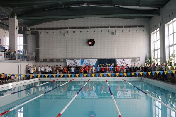 «Опілля» допомогло: V відкритий чемпіонат Тернополя та області з плавання став справжнім святом на воді
