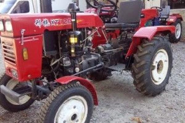 Охоронець агрофірми вкрав трактора і повіз на ньому продавати крадений корм