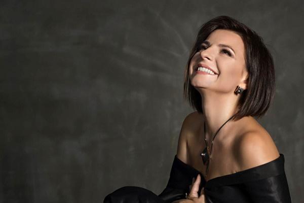 Підбірка кращих пісень та інтерв'ю Оксани Мухи – переможниці «Голосу країни-9»