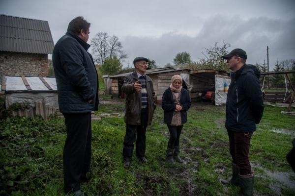 Наслідки негоди на Тернопільщині: Степан Барна побував в одному із підтоплених сіл на Збаражчині (Відео)