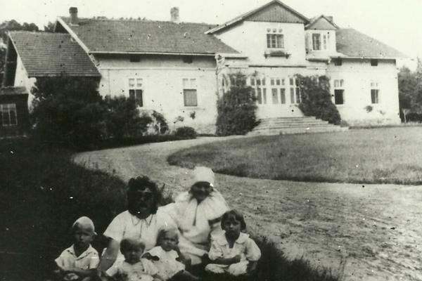 Село Горигляди на фото 1930-х років