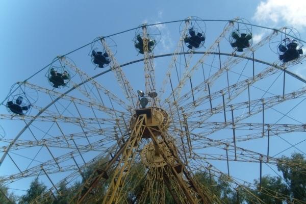 У неділю в Тернопільських парках запрацюють атракціони
