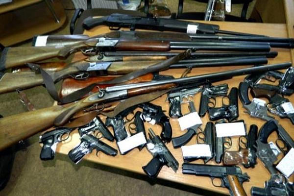 217 одиниць зброї принесли у поліцію жителі Тернопільщини