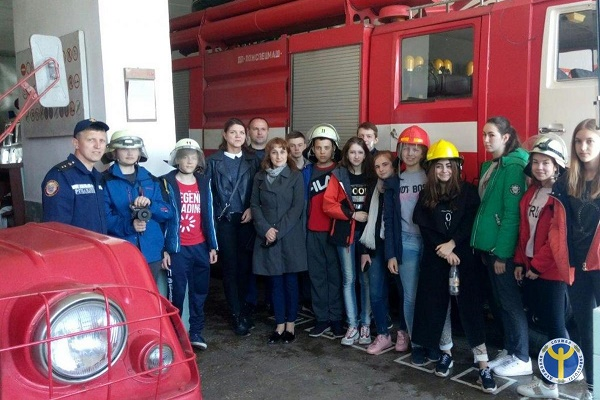 Юні ланівчани «приміряли» професію пожежника В
