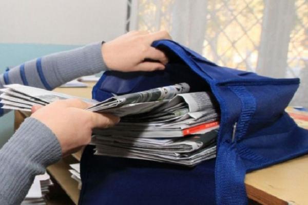У Кременецькому районі поштарка обікрала односельчан