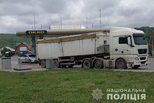 На Тернопільщину знову звозять сміття з Львівщини