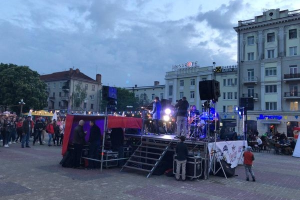 «Тернопільська брама»: на Майдані - фестивалять (Фото)