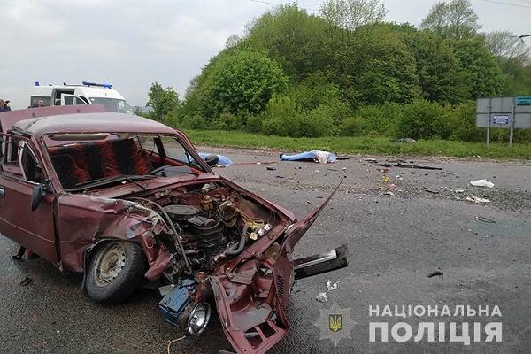 На перехресті поблизу Білої загинуло двоє людей