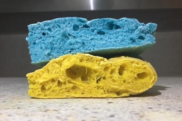Чортківський піцайоло приготував патріотичні синьо-жовті піци (Фото)