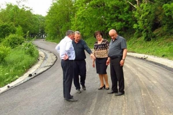 В громаді на Тернопільщині відновлюють місцеві дороги