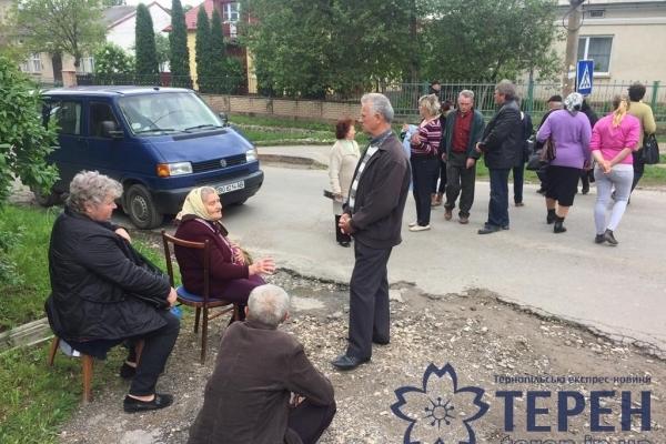 Блокування міжнародної траси у найстарішому місті Тернопільщини  може повторитися