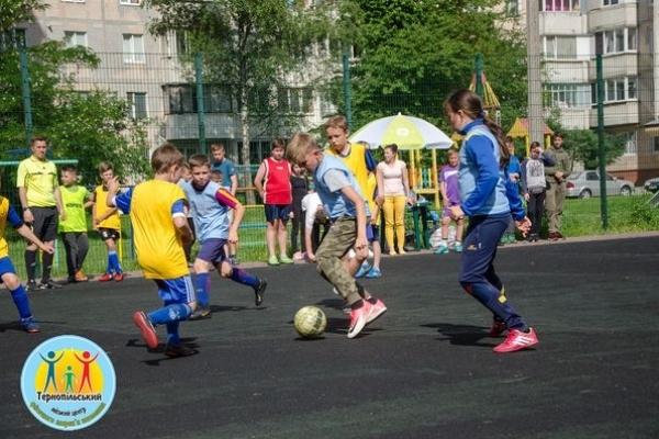 16 команд взяли участь у турнірі з дворового міні-футболу «Кубок Тернополя»