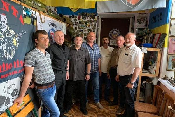 Голова СБУ Василь Грицак у Збаражі поспілкувався з родинами Героїв Небесної Сотні