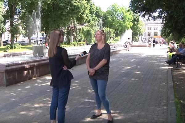 200 гривень стали яблуком розбрату між пасажиркою та водієм маршрутки у Тернополі (Відео)