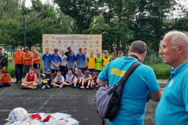 «Опілля» допомогло: У Тернополі діти грали у футбол на «Першість БАМу»