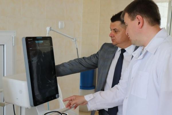 Тернопільський онкологічний диспансер отримав три сучасних наркозно-дихальних апарати