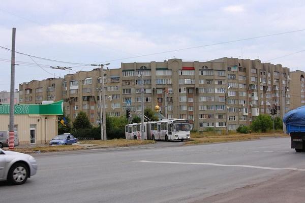 Тернополяни вимагають встановити світлофор біля готелю «Глобус», де нещодавно авто збило пішохода