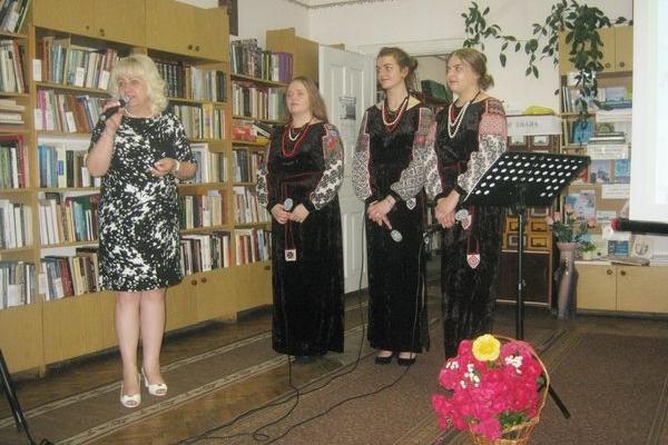 Теребовлянський «Зорицвіт» розцвів палкою піснею в серцях