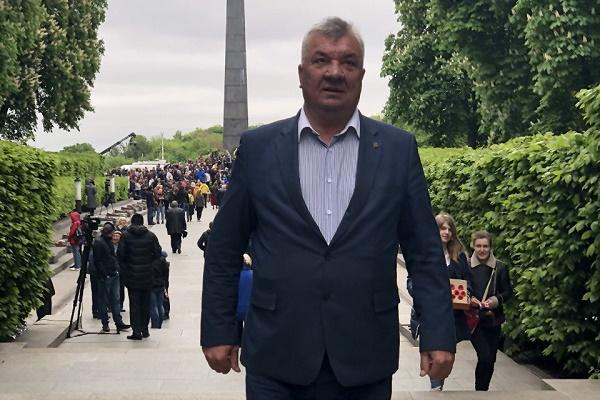 Зеновій Холоднюк на відпусті в Улашківцях отримав благословення на перемогу