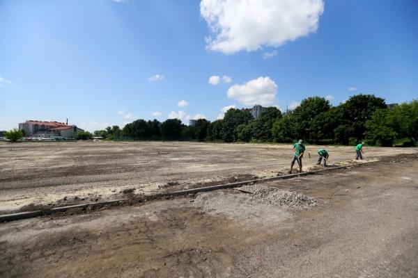 У Тернополі реконструюють спортивні майданчики