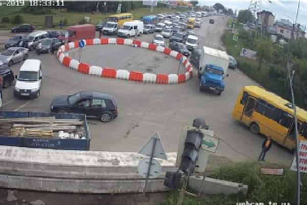 Тернополяни можуть підписати петицію про ремонт Гаївського мосту