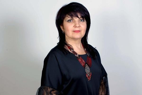 Лариса Римар: «Країни, у яких багато у владі жінок, живуть мирно і заможно»