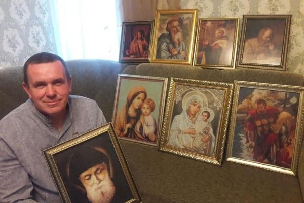 Юрій Дудник із Тернопільщини «пише» ікони нитками