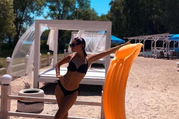 ТОП-5 «гарячих» фото з пляжів Тернополя, які опублікували дівчата в «Інстаграмі»