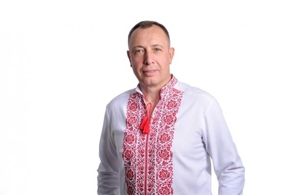 «У парламент повинні зайти чесні і порядні політики», - впевнений кандидат у народні депутати Володимир Кравець