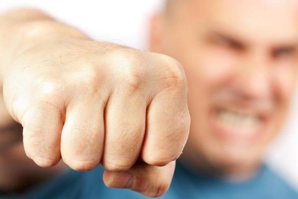 У Тернополі перша бійка через вибори