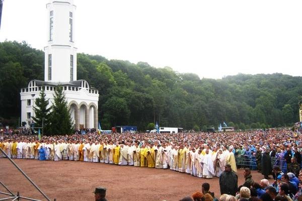 Волонтери ГО «Теребовлянська вежа» по особливому взяли участь в загальнонаціональній прощі в Зарваниці